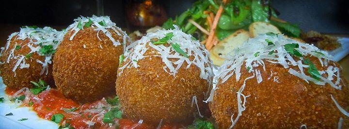 2 Onine Restaurant & Bar photo