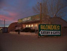 Blondie's Eatery & Gift - Small User Photo