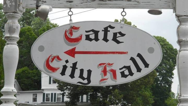 Cafe City Hall photo