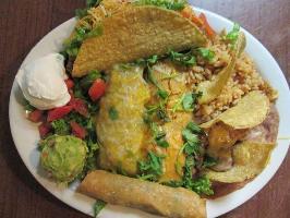 Edpeyaca Fine Dining photo