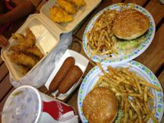 H & T Burgers photo
