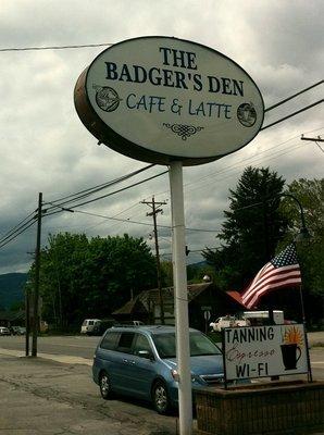 Badger's Den photo