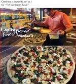Santo's pizza restaurant photo